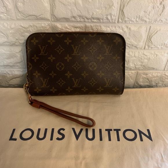Louis Vuitton Handbags - Louis Vuitton orsay clutch wristlet